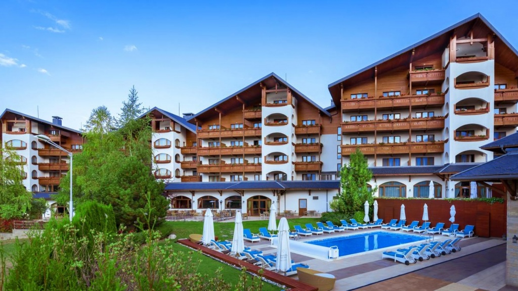 Kempinski Hotel Grand Arena Bansko: Save the Friday for a Special Barbeque Night